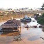 水上家屋で有名な「ピッサヌローク」の観光スポット