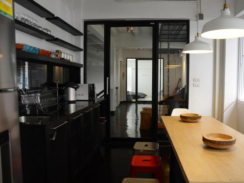 3-howw-hostel-at-sukhumvit-215
