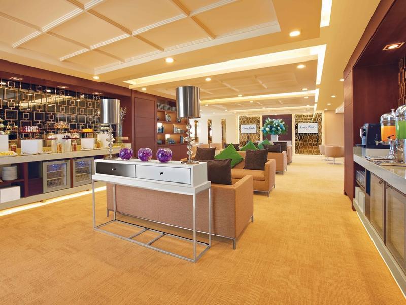 centre-point-silom-hotel4