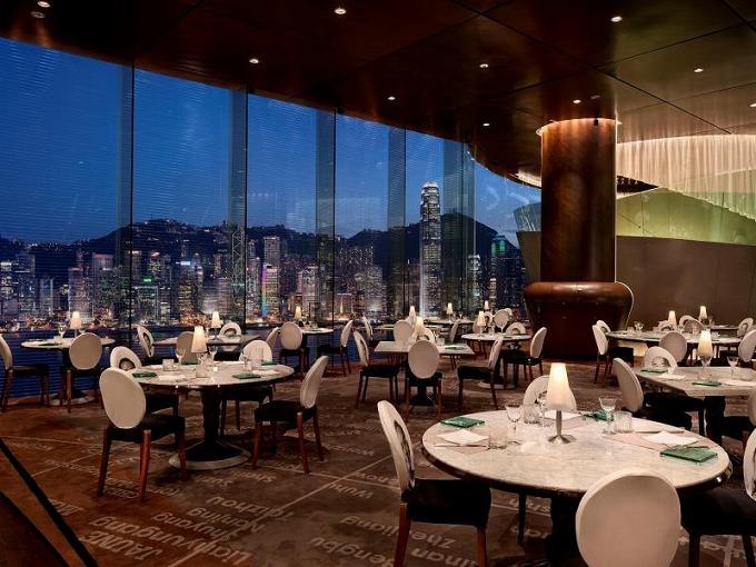 ザ ペニンシュラ 香港 レストラン