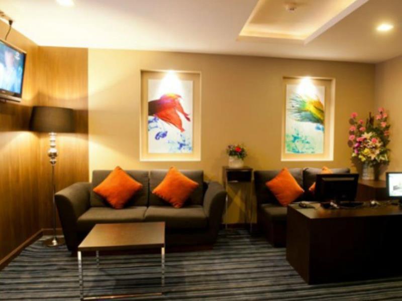 41_suite_bangkok_hotel9