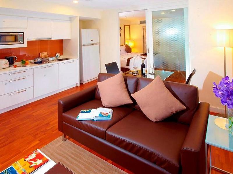 3phachara-suites-sukhumvi