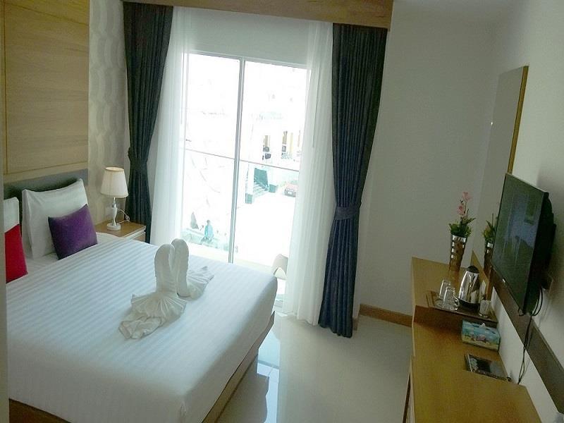 alexander-hotel-patong7