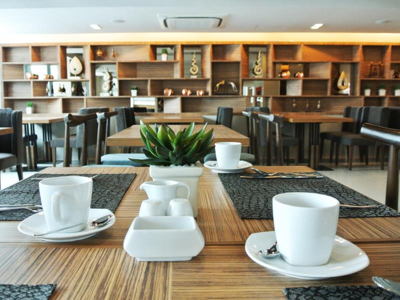 grand-swiss-sukhumvit-11-by-compass-hospitality9