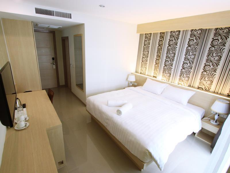 ocean-and-ole-patong-hotel4