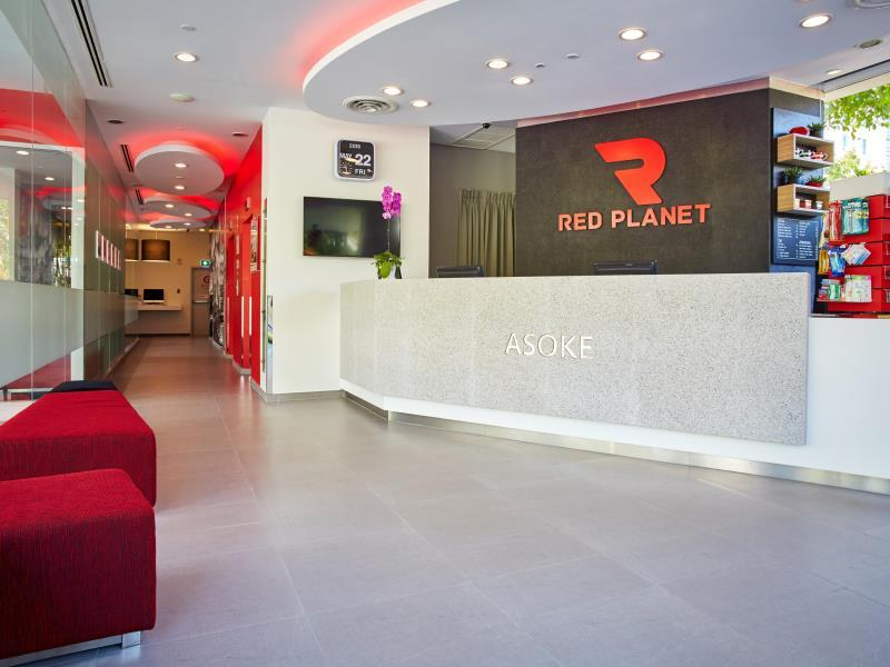 red-planet-hotel3